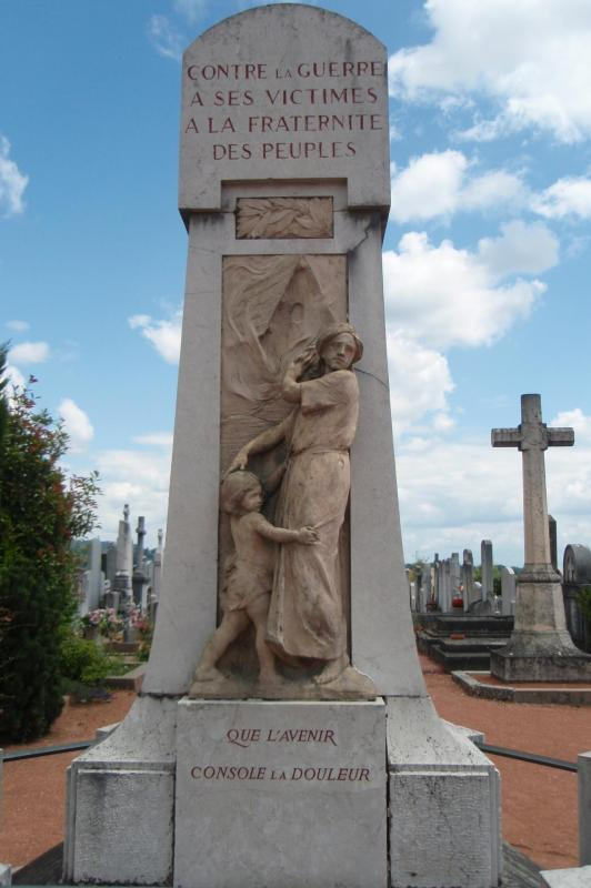 Dardilly le monument aux morts pacifiste 1