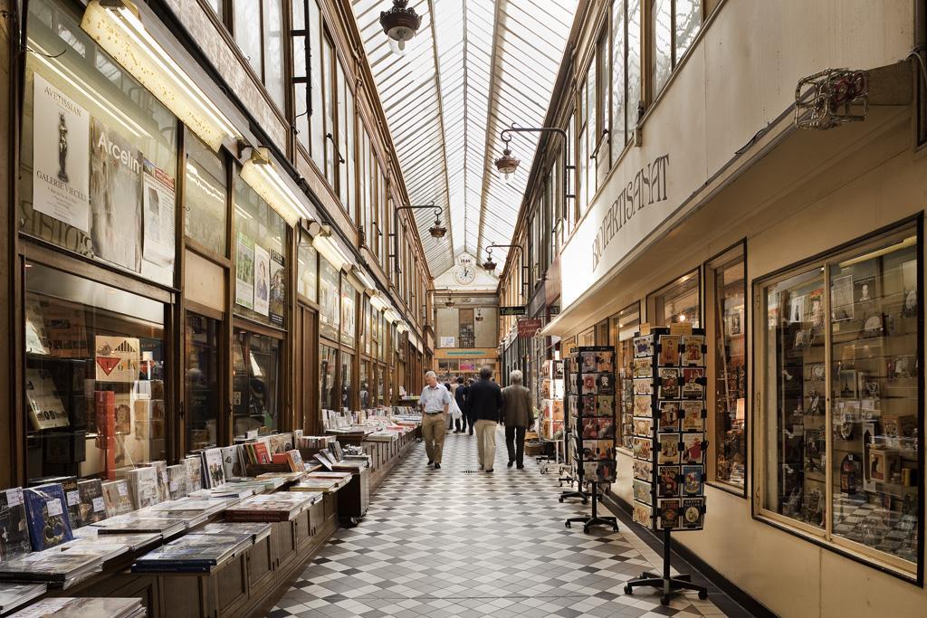 Passage jouffroy credit paris tourist office photographe marc bertrand 1